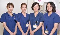 乳腺マンモグラフィ検査スタッフ